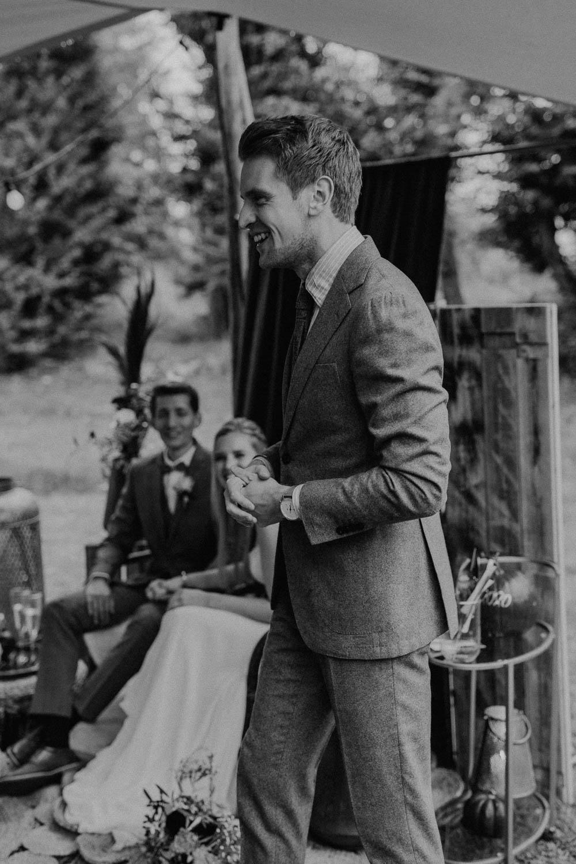 Gut Ostenwalde Melle Hochzeitsfotograf Osnabrück Hochzeitsfotografin Osnabrück Freie Trauungen Osnabrück Julian Hügelmeyer Osnabrück Hochzeitslocation Osnabrück Hochzeitsfotograf Münster Hochzeitsfotograf Lengerich Hochzeitsfotograf Ibbenbüren Hochzeit Lockdown Hochzeit Corona Hochzeitsfotograf Ostbevern Lichterglanz Fotografie Wild Daisy Wedding Brautmomente von Frau Lehmann Judys Genussbar Liebe im Quadrat Herbsthochzeit Hochzeitsblog Mit Liebe kreiert